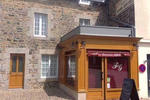 Rénovation de la vitrine d''une boucherie - Hillion - Côtes d''Armor
